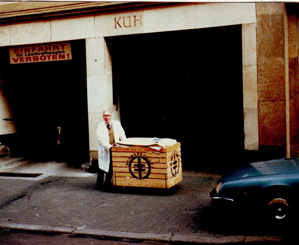 niddastrasse_18-04-1985 GOLDFINGERS - IMAGES